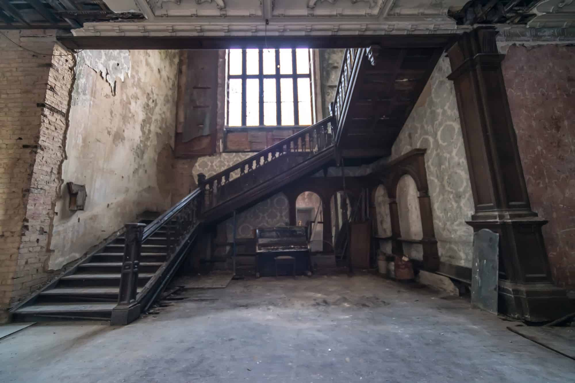 The Abbey PE22 - An incredible Grade I listed Jacobethan style Manor house built in 1845, offering over 100 rooms of derelict, faded grandeur interiors - The Location Guys